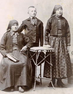 Katarina Schnell/Gärtz, Josef, and Katarina circa 1902
