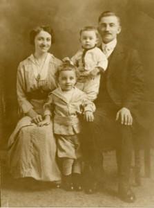 Gartz Family—1915-1916 L-R Lisi, Will, Fred, Josef